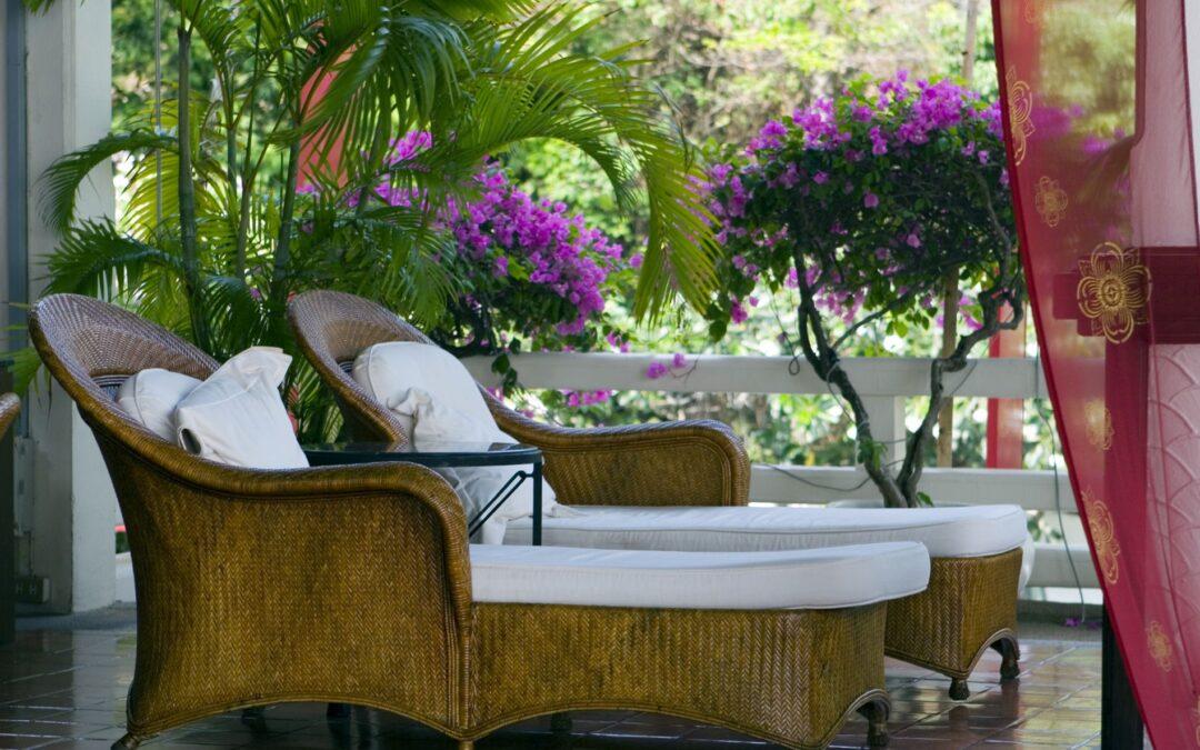 Tropical HomeTrends