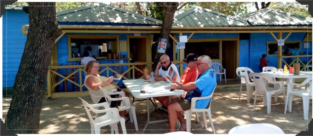 A Local Tradition: the DR Family Run Beach Restaurant