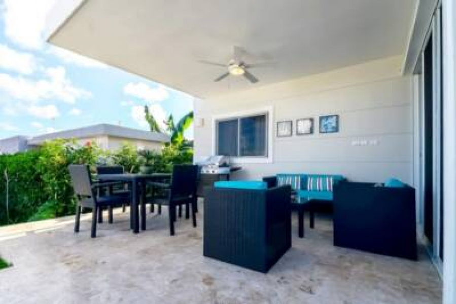 Small 2 bedroom villa in Paradise, Retire to an easier life, Property in the DR