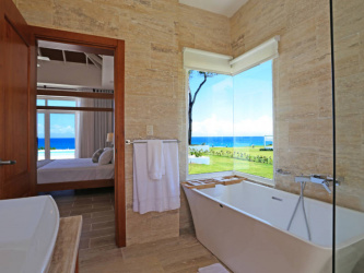 Luxury, Villa in Paradise, Villa with an ocean view, Great rental returns