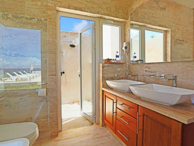 Luxury, Villa in Paradise, Villa with an ocean view, Great rental returns