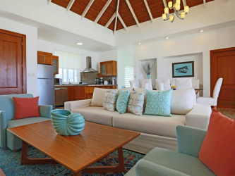 Luxury villa in paradise, Great rental returns, Live on the Ocean, Gated community living